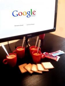 Café web: un rendez-vous sur le web autour d'un café.